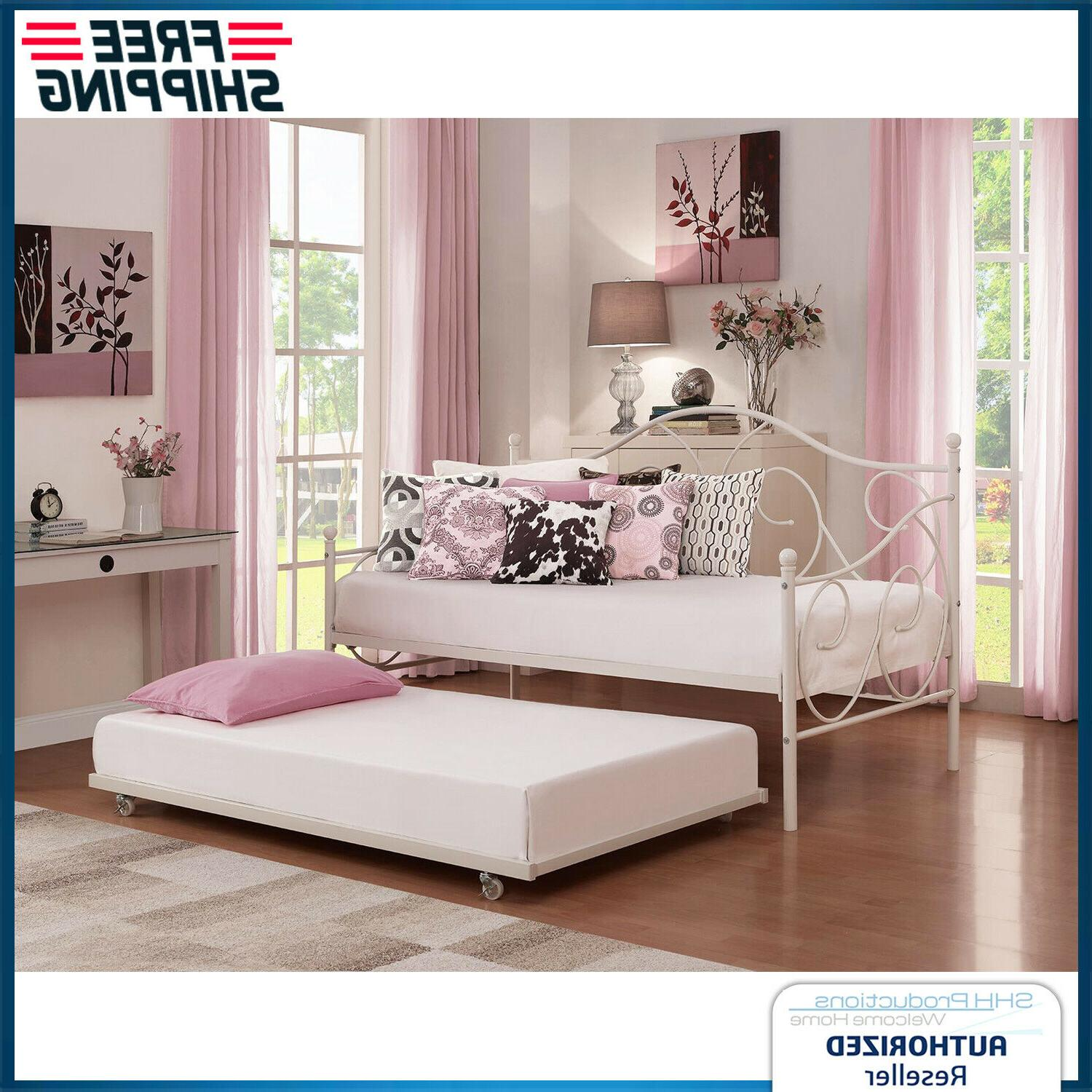 twin daybed trundle pull out guest bed